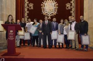 Foto de familia de los emprendeores reconocidos por ASATA