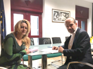 El cooperativismo se refuerza de la mano de Andalucía Emprende y FAECTA