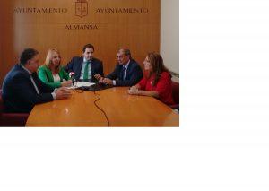 COCETA firma un acuerdo con el Ayuntamiento de Almansa para potenciar el cooperativismo